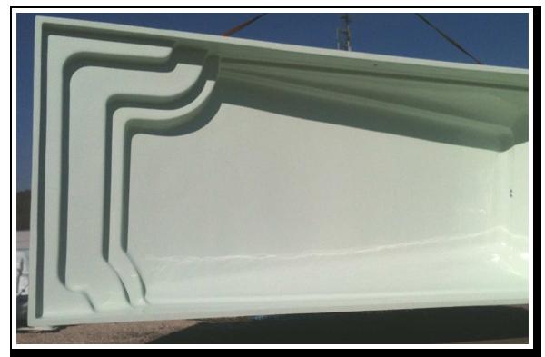 Equipement accessoires pompes a chaleur bache margelles for Piscine coque polyester loire atlantique